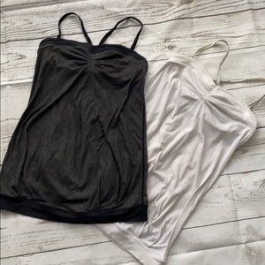 Lululemon tanks pair of black & white